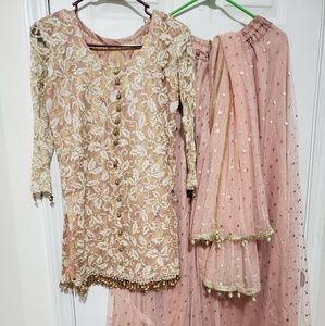 Fancy skirt style dress